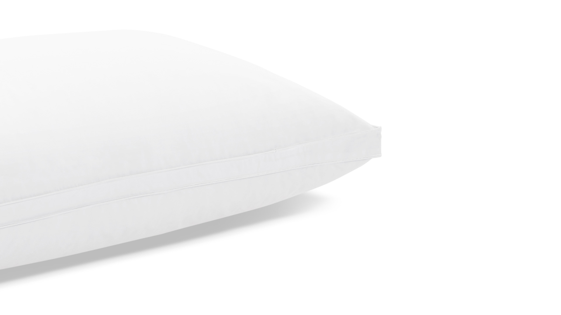 每款枕芯表面都采用内衣品级100%全棉面料,面料纱线以40纱支233根密度为标准,质感更加细腻柔软,具有吸汗排湿、保温、耐热、安全不刺激的特性,从脑袋接触枕头第一刻开始就拥有舒适体验。?x-oss-process=image/format,jpg/interlace,1