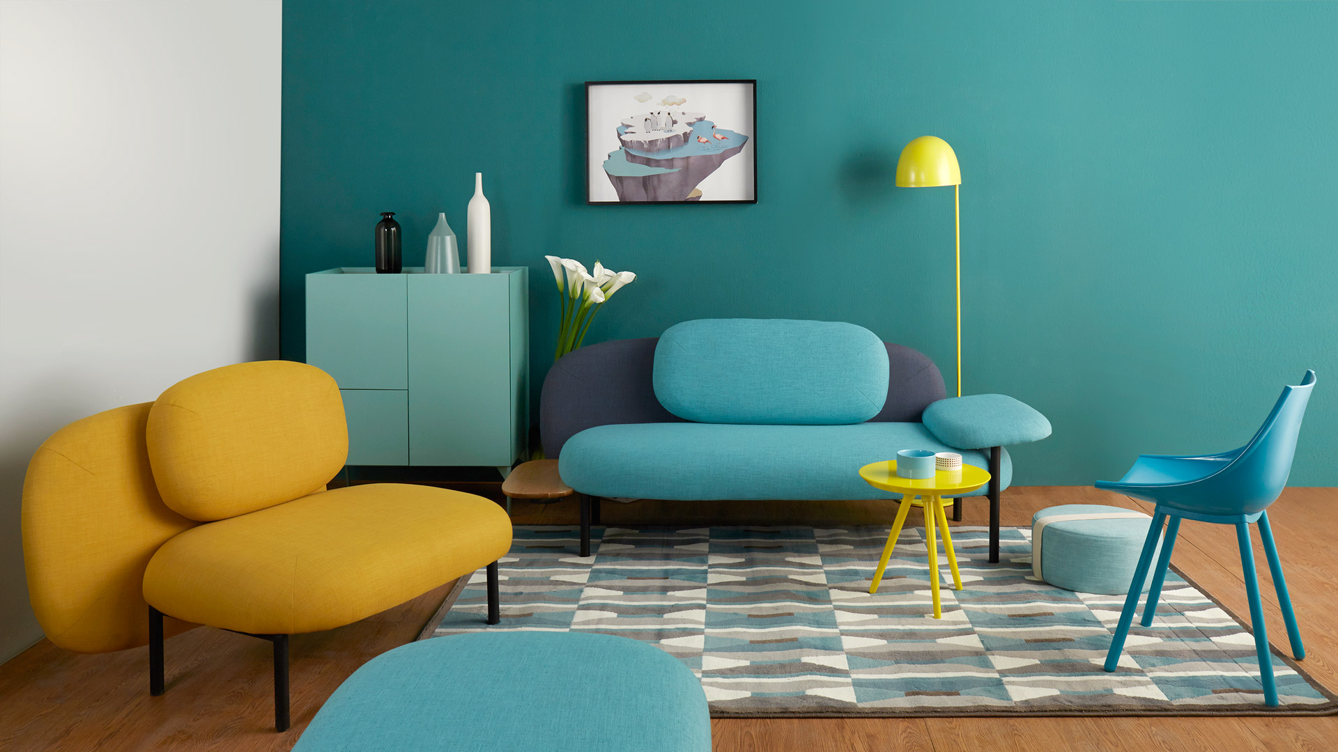 开放式围合客厅的超大起居空间,瓦格中高柜自由衬托于沙发围合区的任意背景角,与高颜值软糖沙发相应成趣。