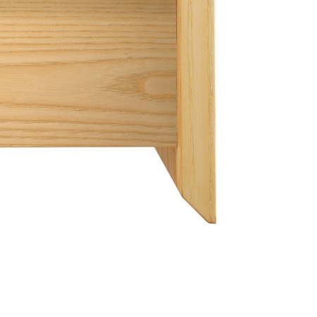 内抠式抽屉实用美观,纵横余留8mm窄边,对称轴线精细雅致;顺滑柔和的边缘倒角圆润不尖锐,提升触碰的安全性