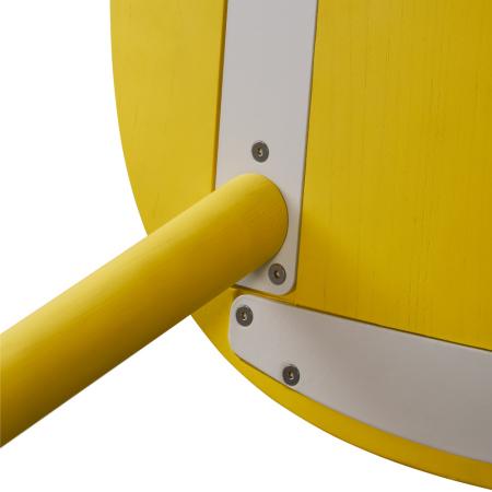 底部金属件采用CNC铣床细作成型,拥有与曲板一致的弧度,精密贴合木板曲面