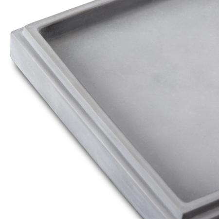 玻璃纤维水泥底盘,比传统水泥重量轻,防火不怕潮,硅胶模塑形抽空工艺,保证盘身没有明显气孔