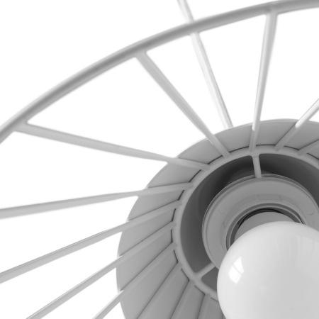 顶端灯罩与金属线通过螺口固定,优雅收敛的隐藏式连接