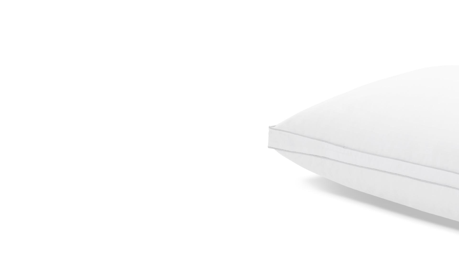 面料表层配备使用白色平纹防羽工艺处理,即便睡扁轻拍后的快速蓬松回弹,也照样保证鸭绒与鸭毛的环状结构稳固不漏毛。