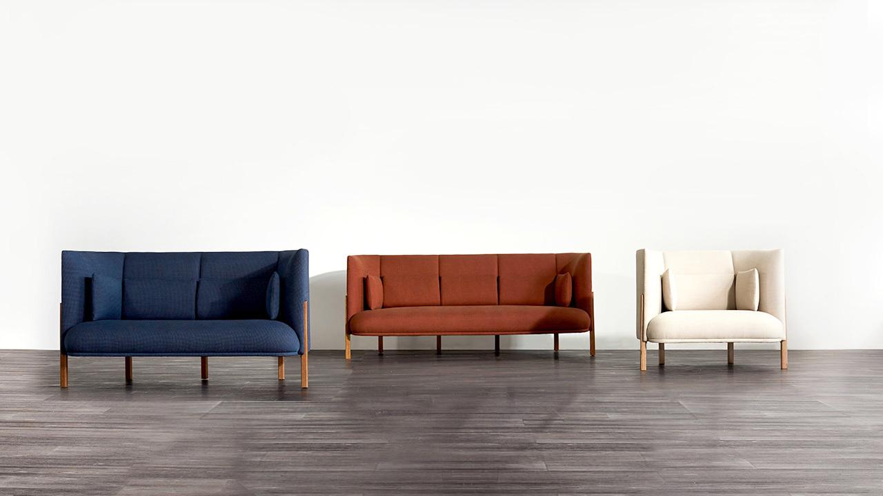 C型环绕曲线和530克重的欧洲无光面料,带来时髦的低调奢华感。