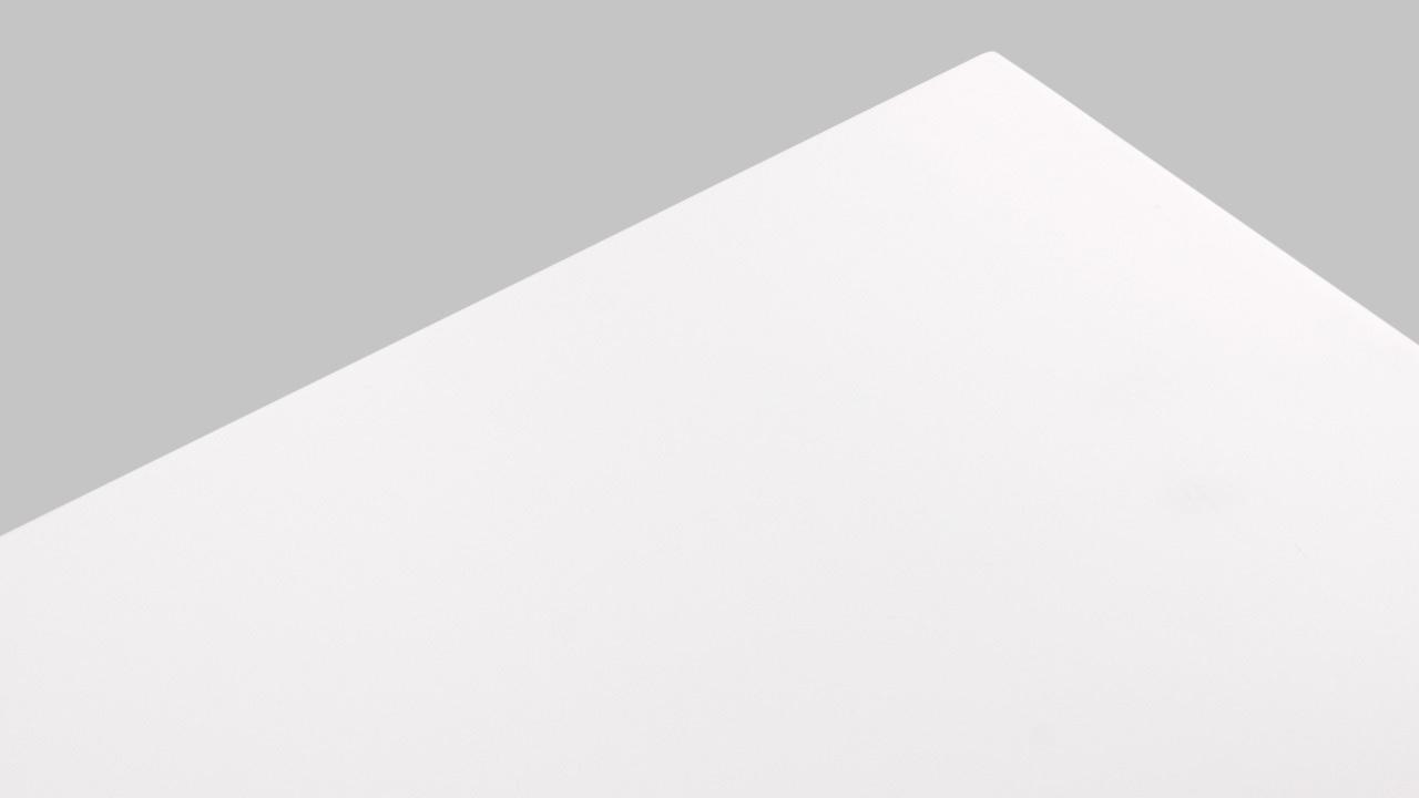 升级亮点一:板材改用25mm复合板, 加上无味改良PU漆, 让表面更显光鲜亮洁。