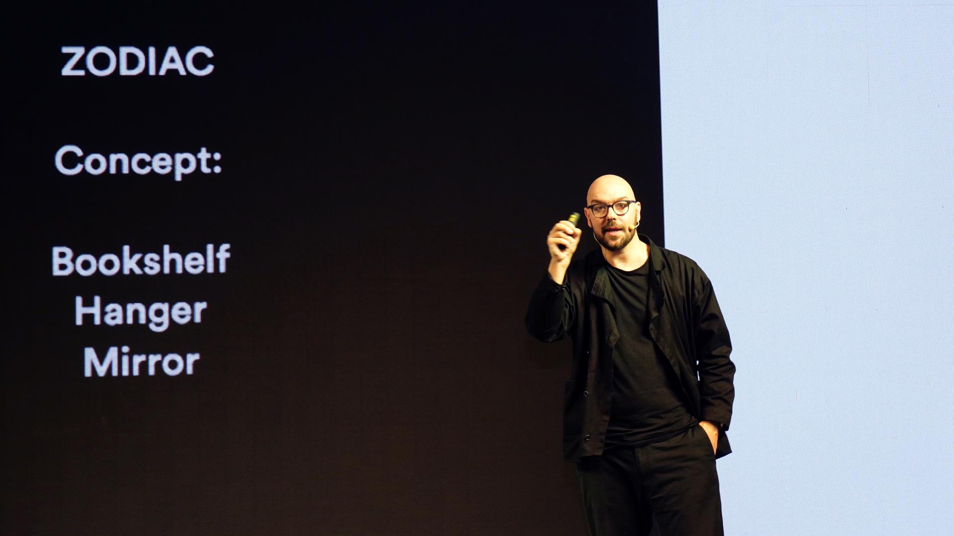 """9月27日,造作艺术总监Luca Nichetto受邀来到造作@北京国际设计周 新品发布会,现场演讲并发布设计新作:星云置物系,随后与设计师Richard Hutten、Note Design和Constance Guisset一起参加以""""为世界设计""""为主题的论坛。"""