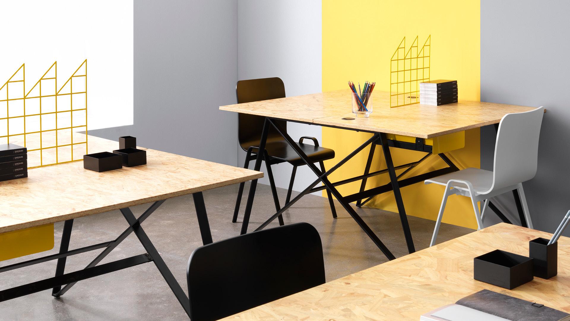 一把什么样的办公椅,才能让大型办公空间最具现代气质?洛城椅的优雅弧线与工业力量感,甩掉老气,营造更具活力的大型办公空间。