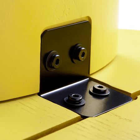 100°L型连接扁铁,静电粉末喷涂处理,黑色哑光效果展现优雅质感