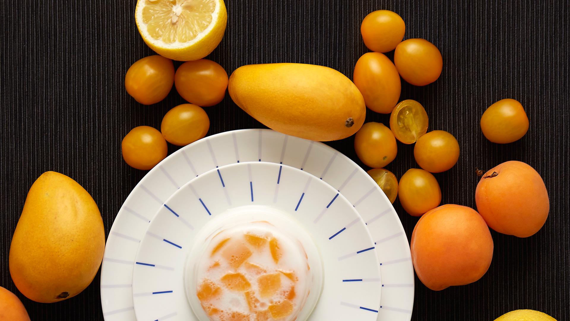 一席餐桌布置,映射一副空间表情。?x-oss-process=image/format,jpg/interlace,1