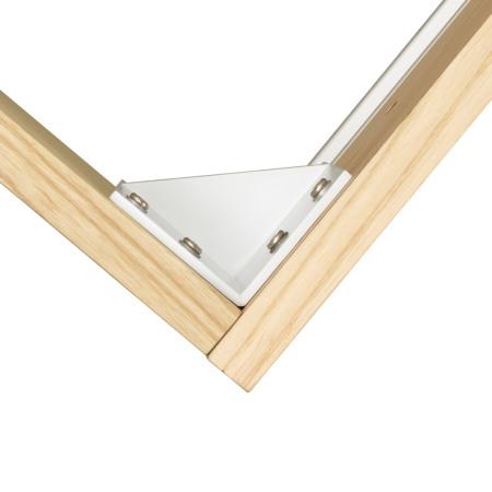床体四角设有L型角码,采用高品质五金件连接,整体结构更加稳定