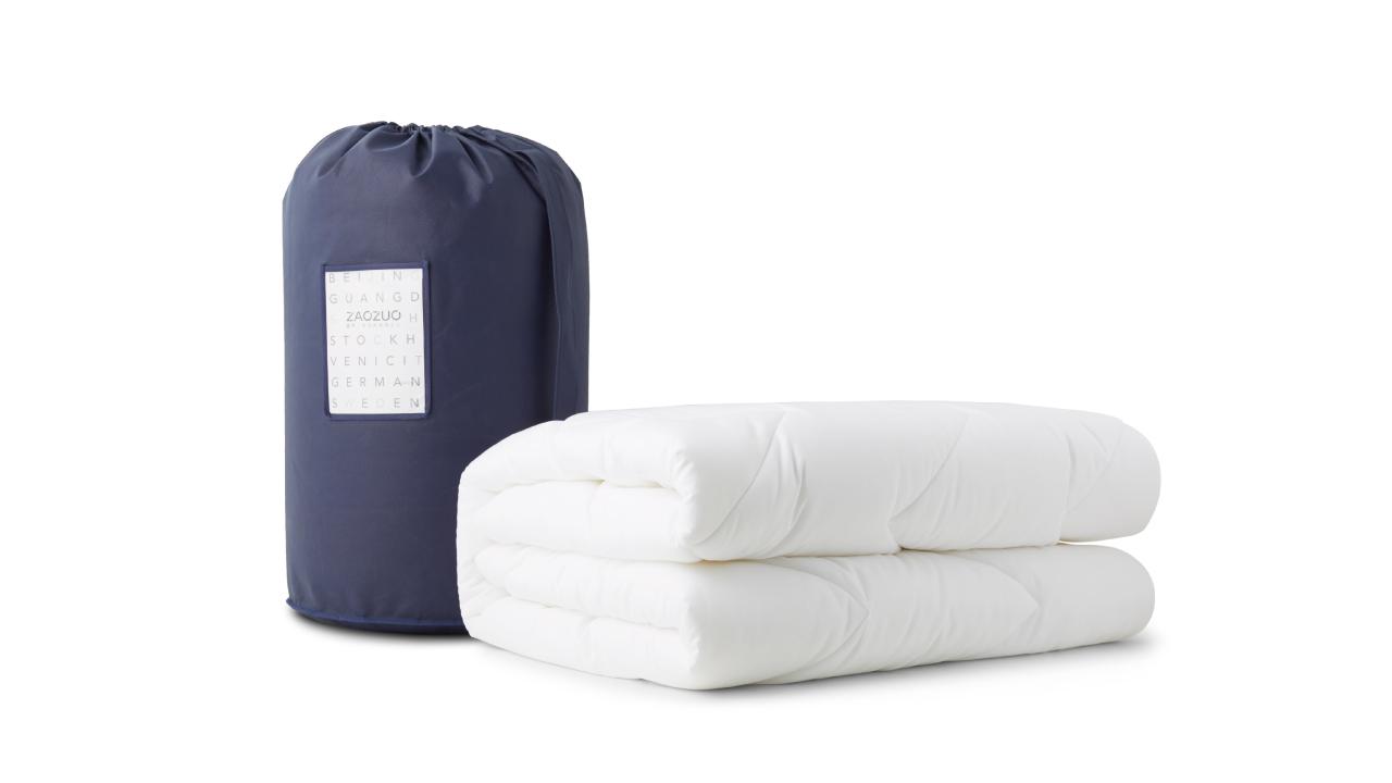 每一个出厂被芯都细致卷包放在PVC袋中压缩抽真空封存,外包装采用120g蓝色无纺布圆筒袋及产品信息卡,从开箱一刻就为你带来完美质感。
