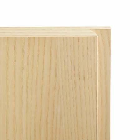 零把手设计,细腻的凹槽扣手方便抽屉开合,圆润边角处理,呼应简约收敛线条。