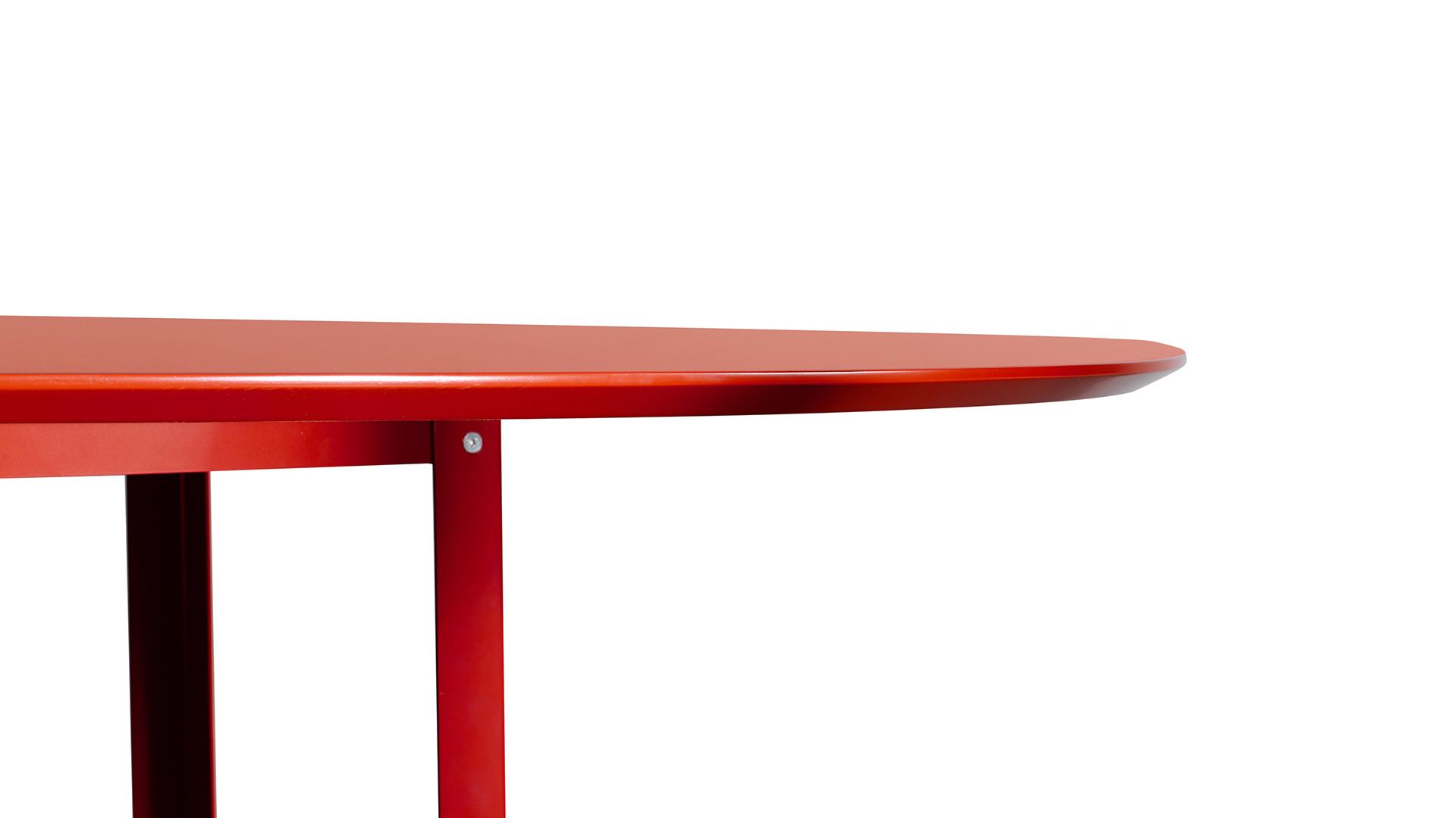 边缘45°倒角精细处理,一致的流畅,触感细腻柔和,更方便手抬桌缘的自由挪动。