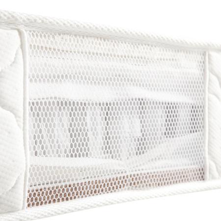 床垫侧部网布开窗,有利于排出床垫内热温,保持舒爽透气