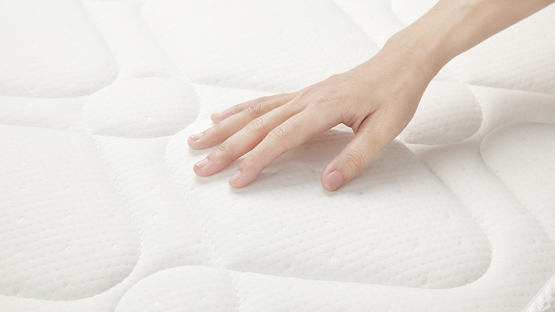 白天被钉在工作桌前坐8+n小时,晚上回家腰酸背痛脖抽筋的你,想迅速恢复元气?你需要一张可舒缓身体压力,软硬度任选的好眠床垫相伴。