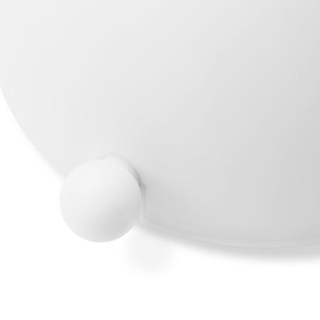 精巧的兔尾圆球,可旋动调节亮度,明暗皆可满足