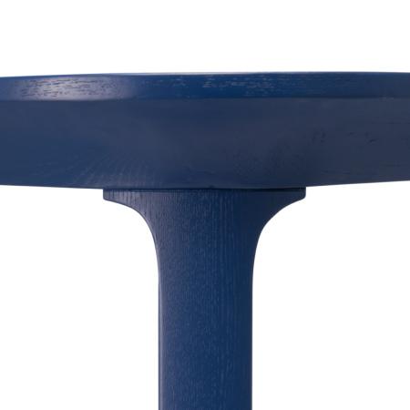 A级水曲柳实木木腿,采用立体切削造型,精准倾斜角度,底部均配有可调节脚,保证更平稳牢固