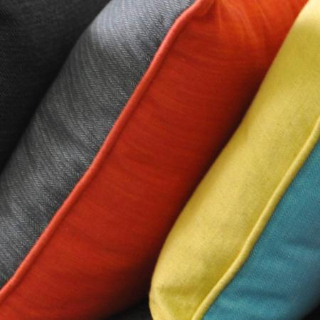 不同组合的颜色对撞