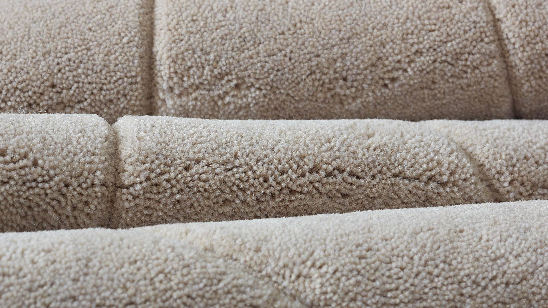 80%新西兰羊毛混纺,比纯羊毛更持久耐用