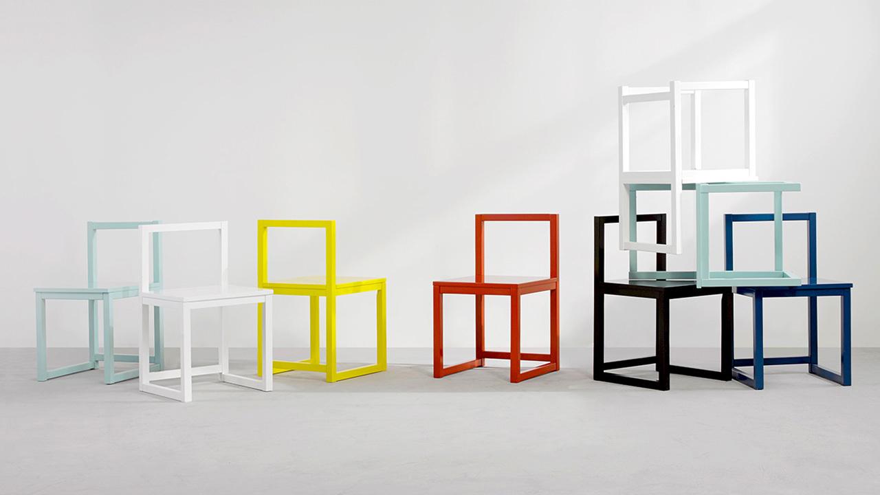作业本-椅子,来自造作内部团队Z-Inhouse,它简洁实用,多色缤纷,在家里摆上几把,让任何角落都不再沉闷。