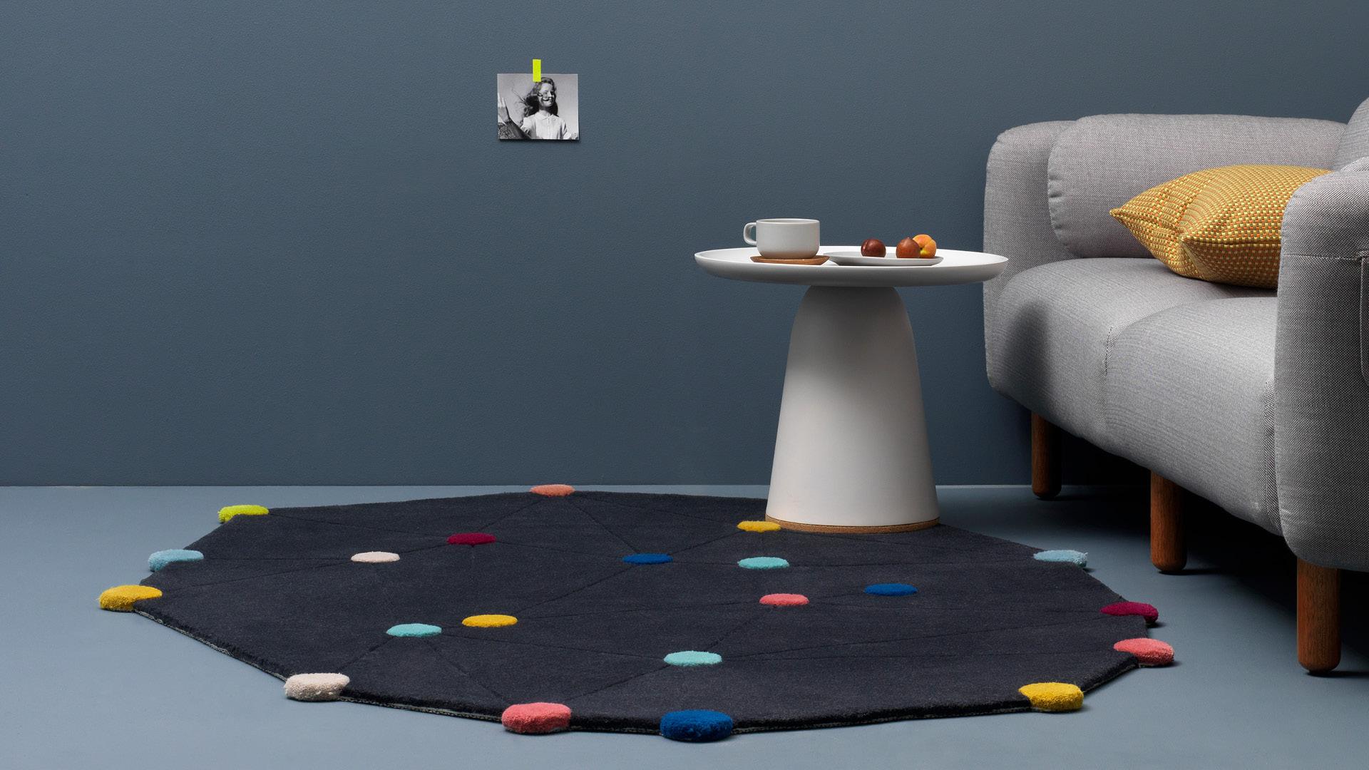俏皮!趣味空间的漂亮功能边桌
