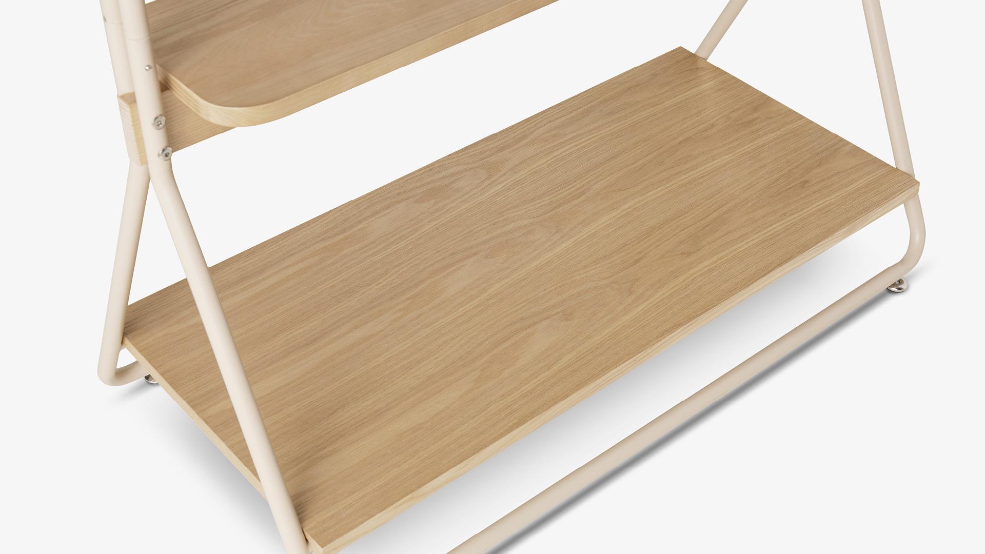 FAS级白蜡木+实木木皮360°封边<br/>日常可触温润木感