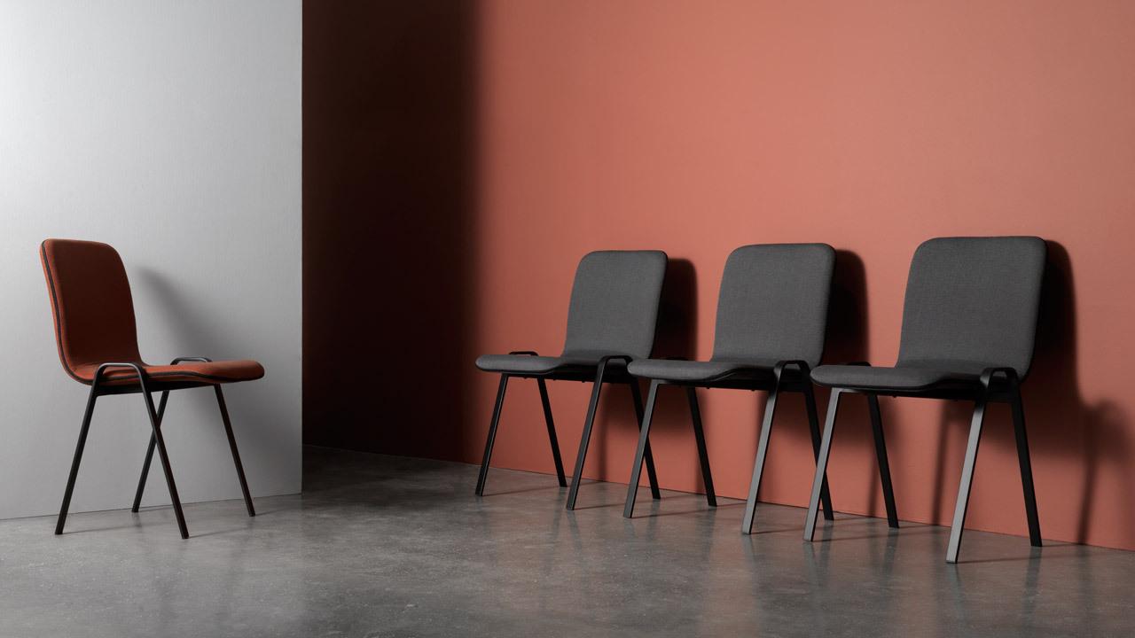 轻简舒适,兼顾餐用与工作的多功能椅