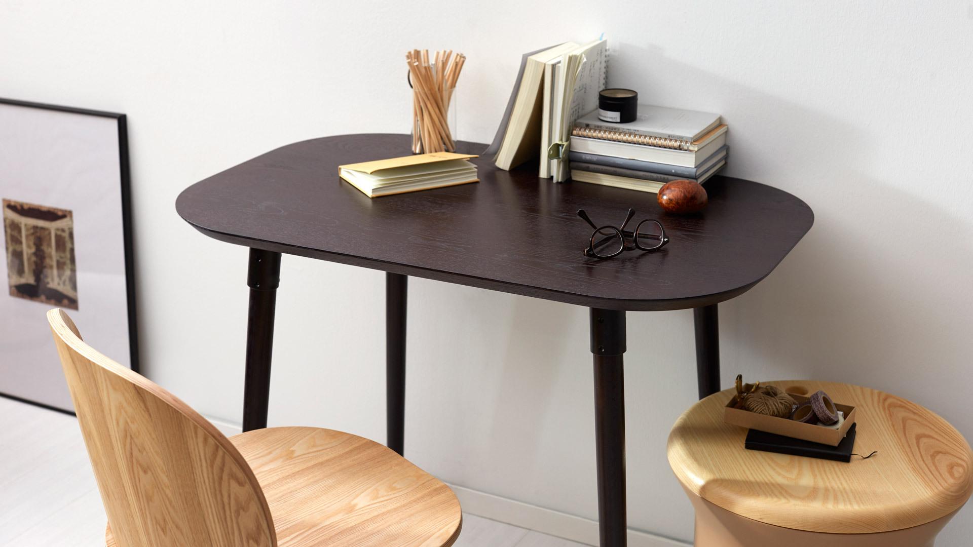熨帖写字桌,让转角变成玲珑