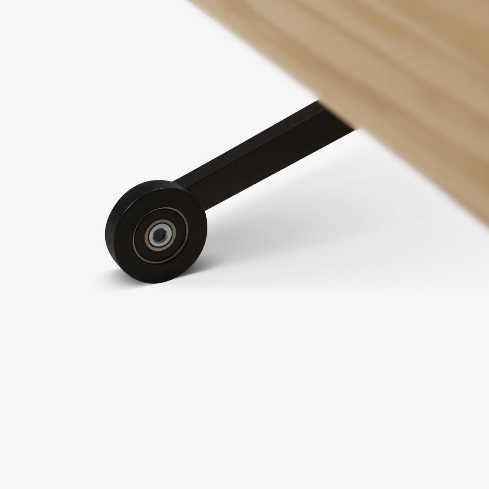 精巧滑轮支点<br/>方便移动也方便固定
