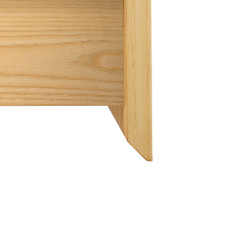 零把手设计,细腻的凹槽扣手方便抽屉开合,圆润的边缘倒角,呼应简约的收敛线条