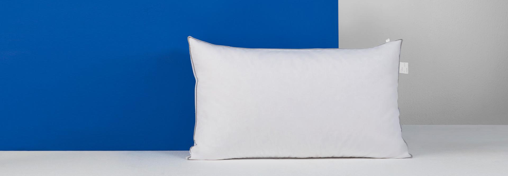 高级白鸭绒+全棉防羽面料,睡眠时间自动调温