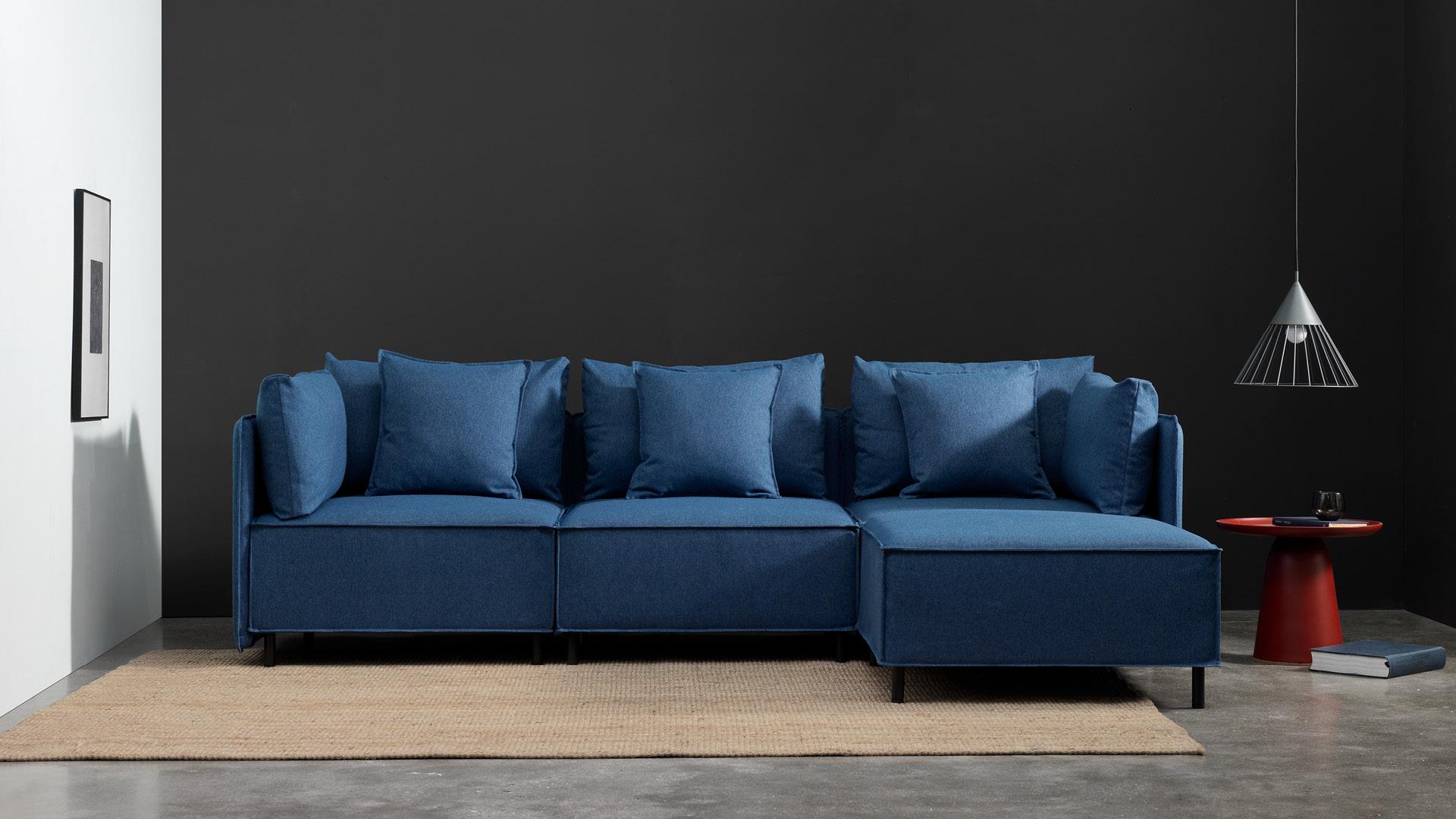 新版雾蓝色,有型的客厅中心