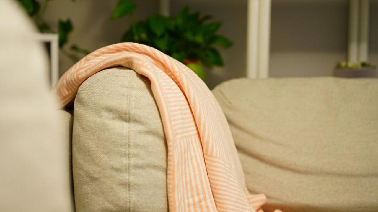 不变形不褪色,带着盖毯随处坐