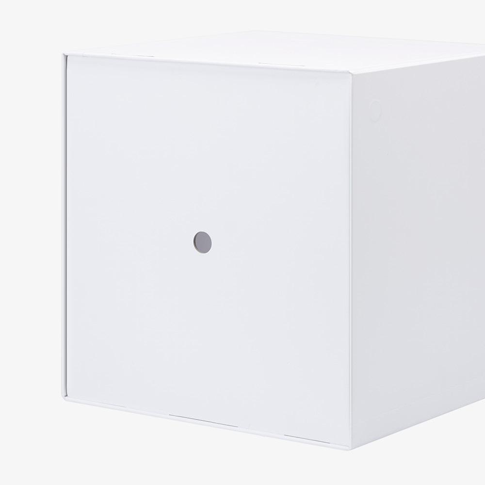 外盒背部透气孔<br/>自由开合无阻力