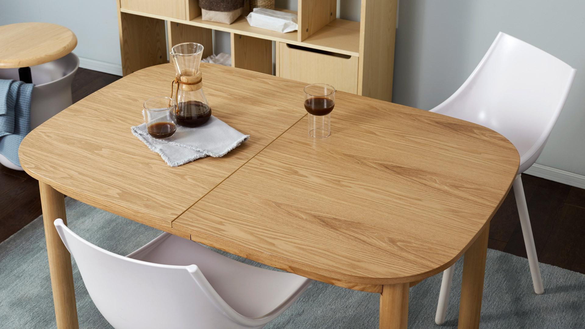 更清晰的木纹,勾勒餐厅细腻质感