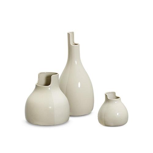 双生陶瓷花瓶装饰