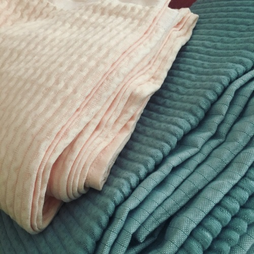 造作棉花糖立体色织纱布毛巾被精选评价_南方小毛