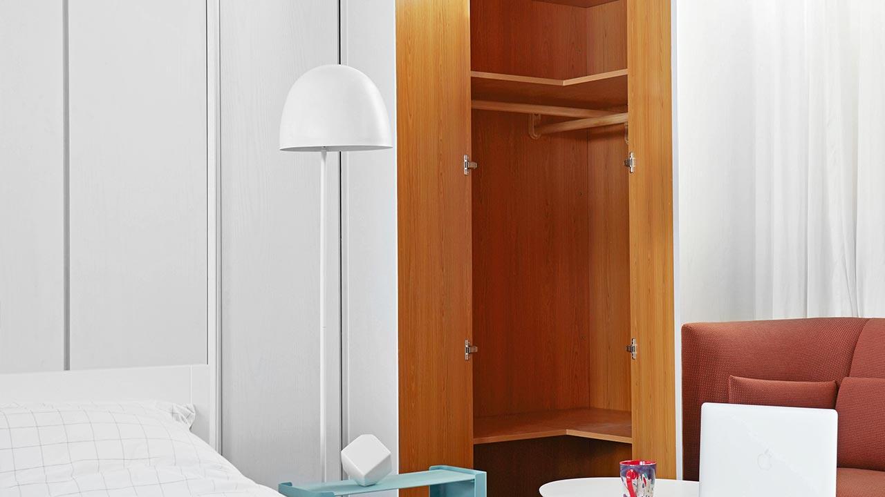 画板实木衣柜组 | 转角