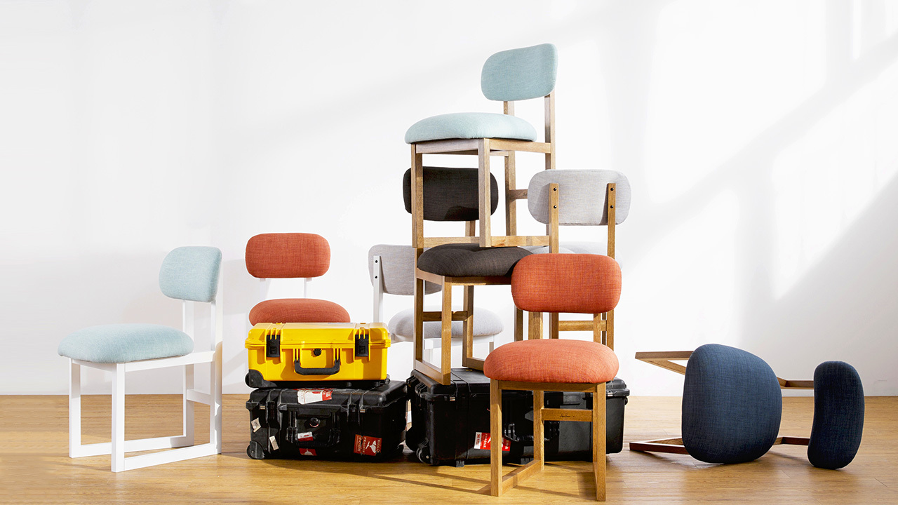8点椅,由瑞典设计师Max Gerthel,它足够舒适,可以满足使用者朝八晚八,长时间的工作和娱乐。