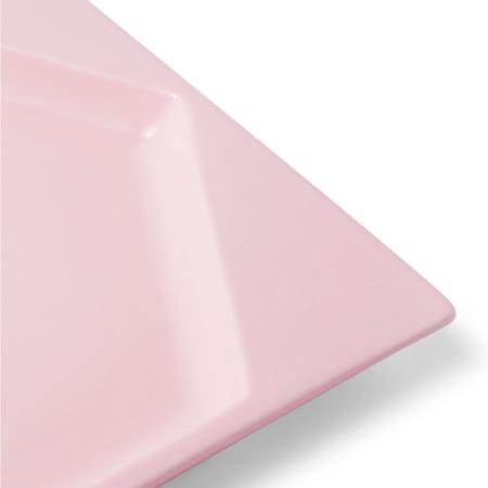 四个平檐保持同一平面,浮动精度控制到2毫米内