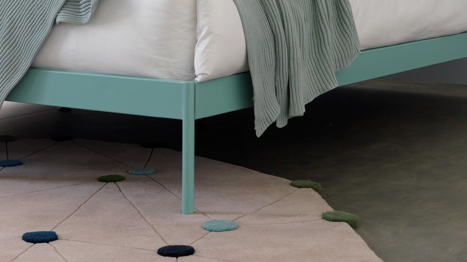 床下大空間,方便儲物或掃地機器人進出