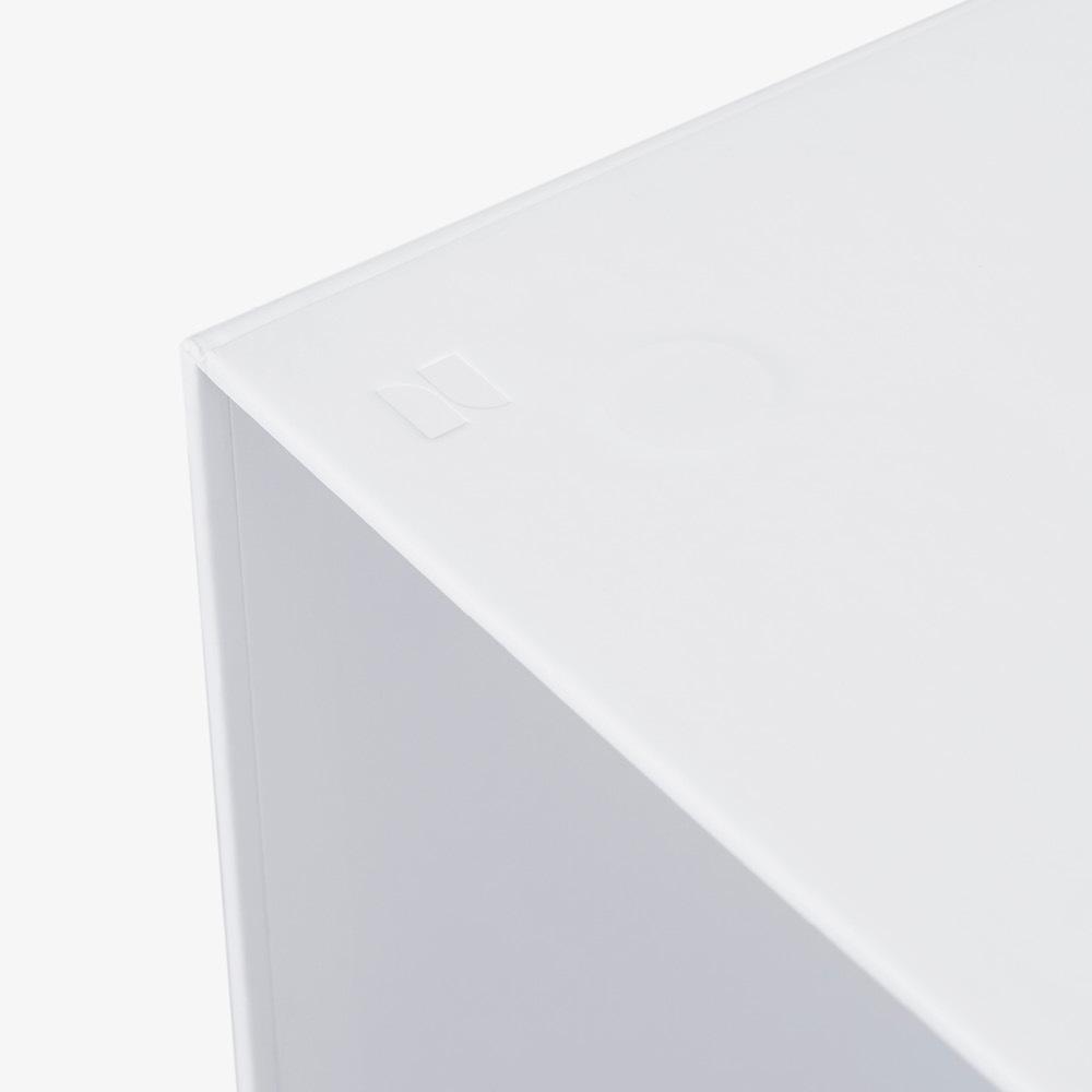 外盒内嵌磁铁<br/>单元格轻松贴合