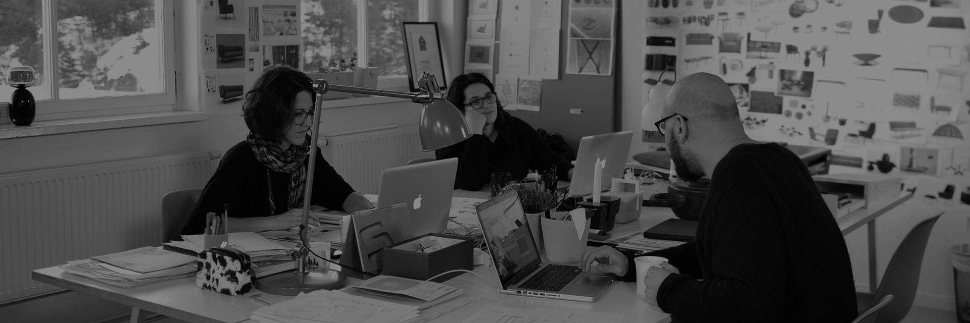 意大利及瑞典著名建筑师、设计师,造作艺术总监。2013年Interior Innovation Adward和Elle Decor Italy联合授予的年度设计师,IMM Cologne荣誉嘉宾,2009年EDIDA年度青年设计师,2008年IF产品设计奖,2008年Gran Design Award.作为欧洲久负盛名的设计师,两个设计事务所的创始人,各大国际设计展的设计师和策展人,Luca亲手主持过上百个家具和工业设计项目,但却保始终持着一颗匠人之心。