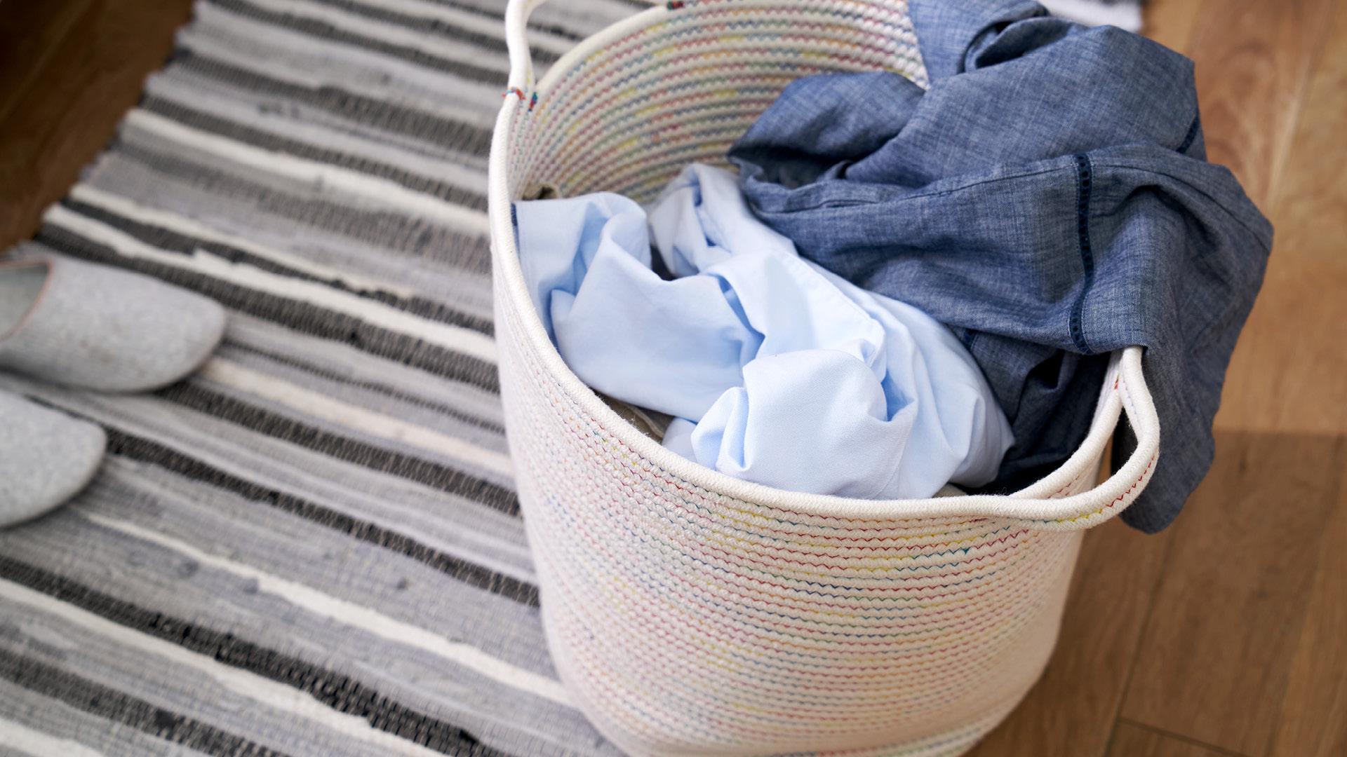 换洗衣服随手安置,不伤衣物的安心体验