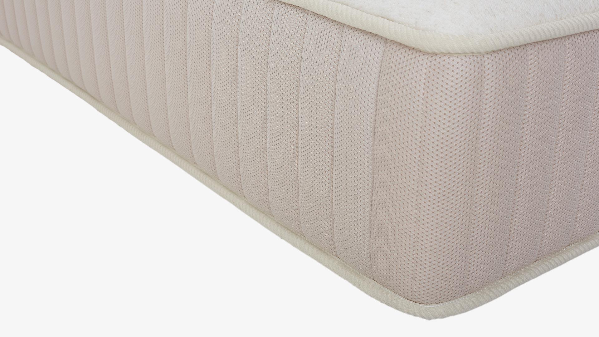 床侧3D网布包裹,超强干爽透气