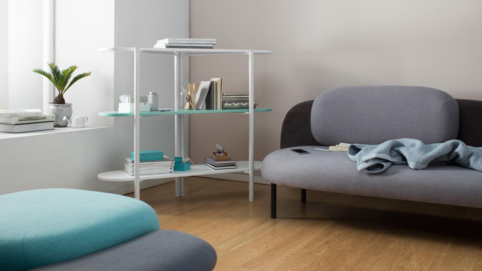 小客厅紧凑陈列,高效利用转角空间