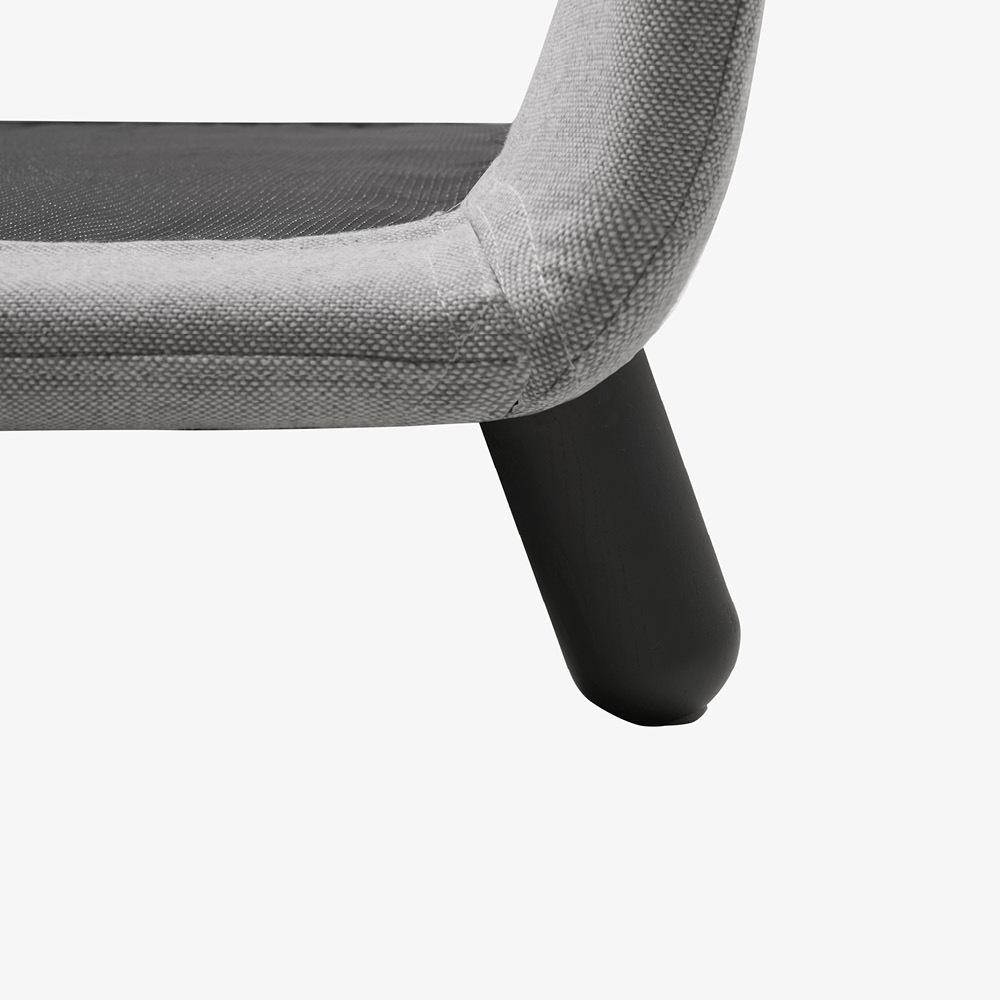 沙发同系倾斜腿<br/>延伸一致美感