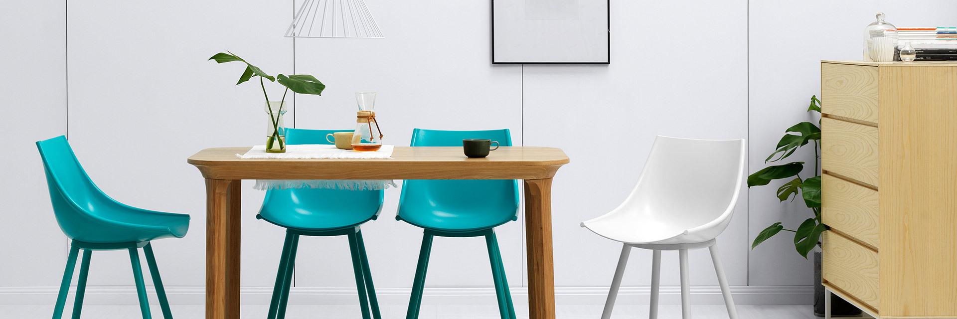 木色餐桌,照样玩出派对感