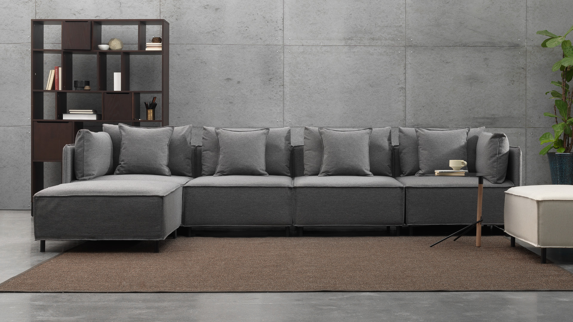 畅快大身姿,宽敞客厅的舒适之选