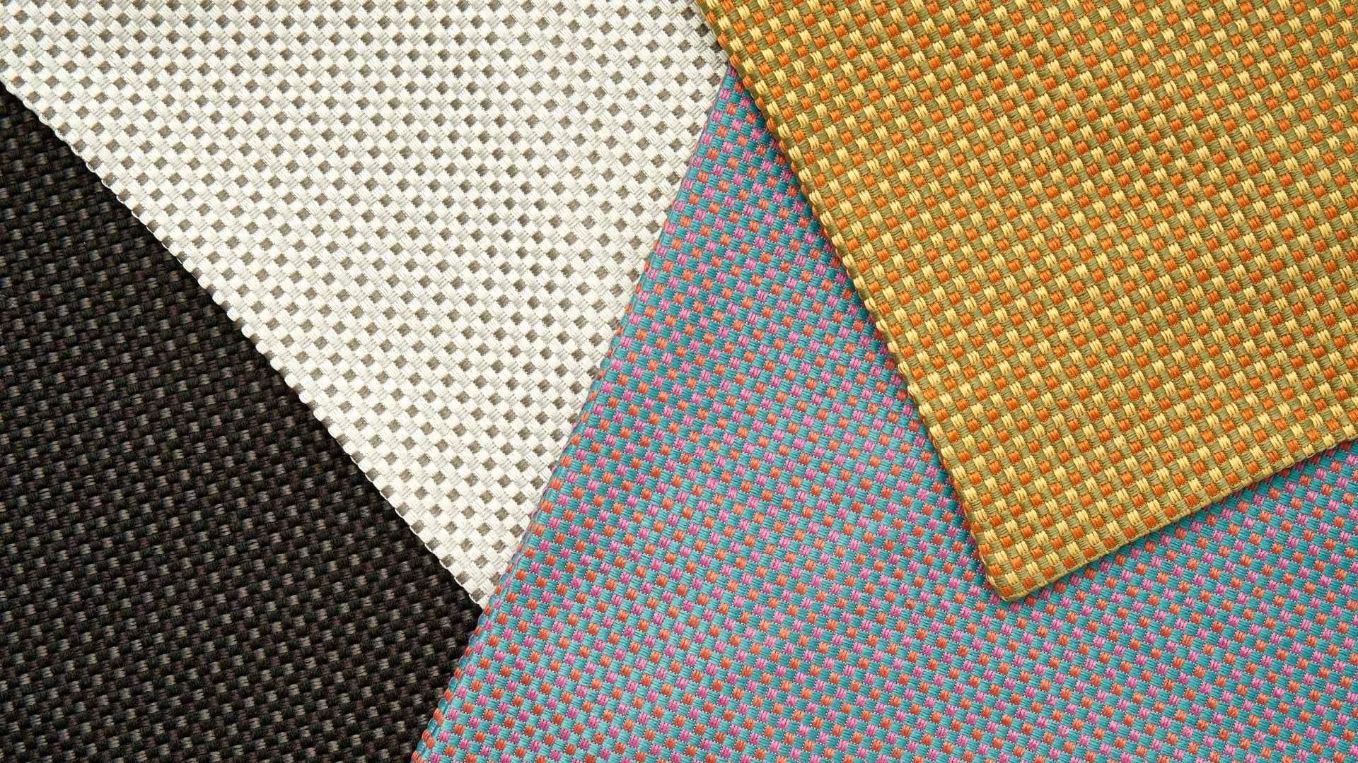 全涤纶三色线编织,柔韧厚实,挺阔耐用